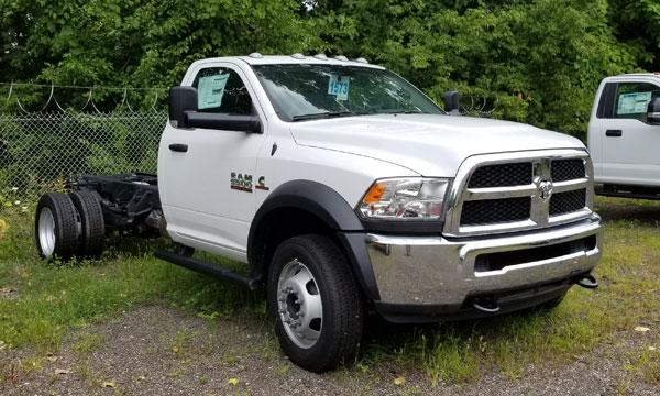 service truck 2018 Dodge RAM 5500 4x2 - 180901