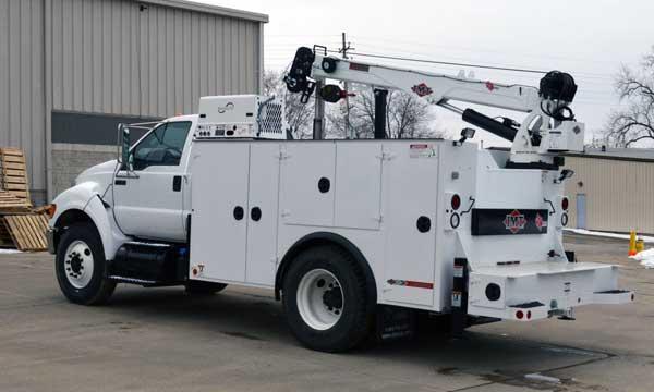 service truck 2015 Ford F750 Dominator 2