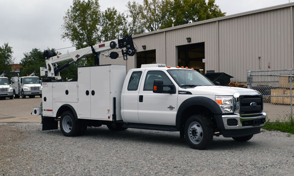 service truck 2015 F550 Extended Cab Dominator 1