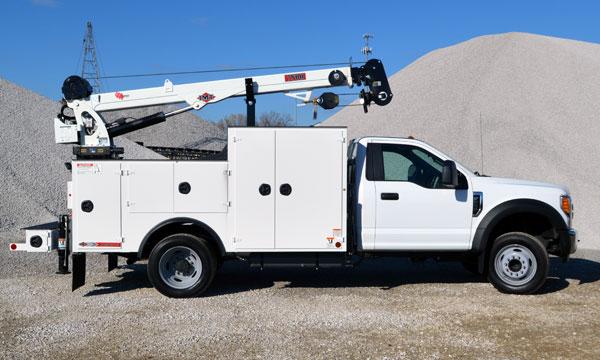 service truck 2017 Ford F550 4x2 Standard Cab