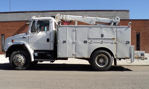 service truck 2003 Freightliner Service Truck