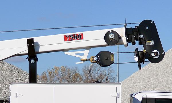 IMT 7500 Crane