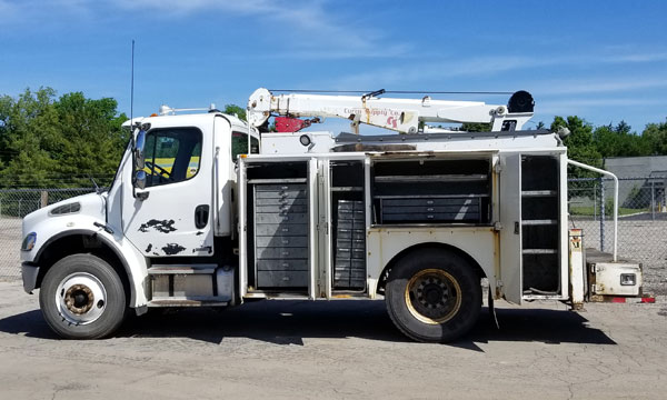 used 2005 freightliner service truck