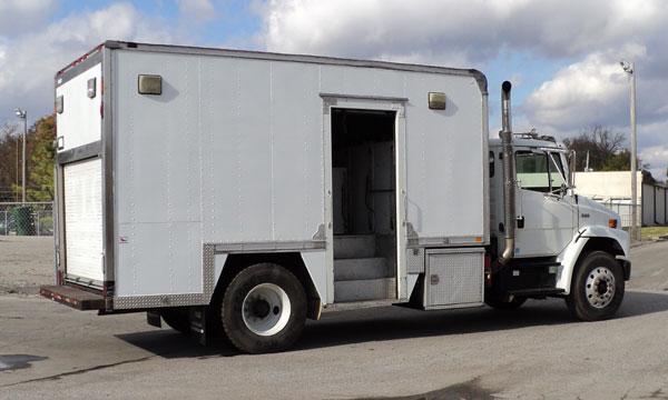 used freightliner lube truck