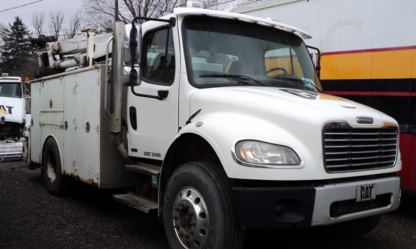 used freightliner service truck