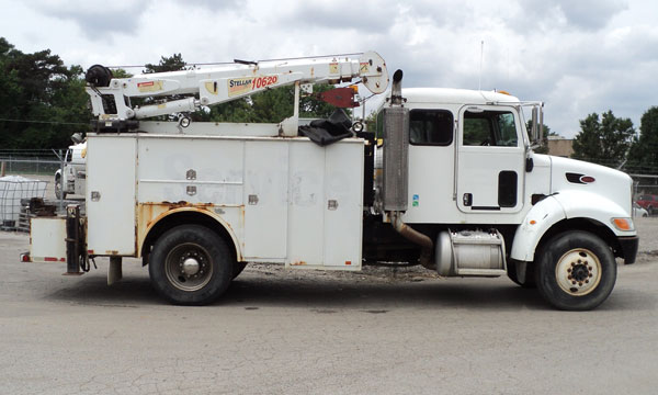 used peterbilt service truck