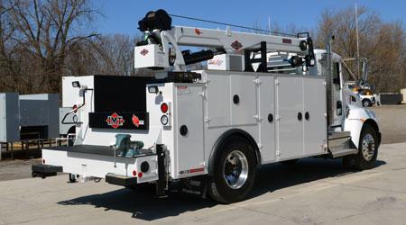 IMT dominator service truck crane compressor